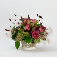 ワレモコウと秋色の草花のアレンジメント